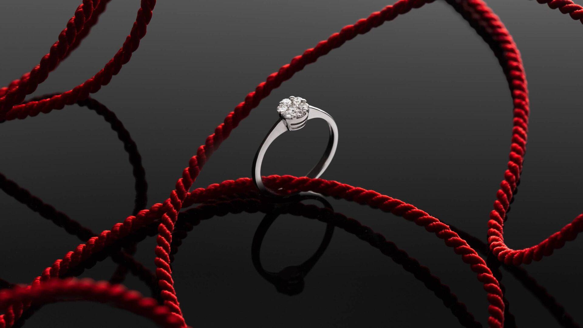 Diamond ring by Mikus Diamons