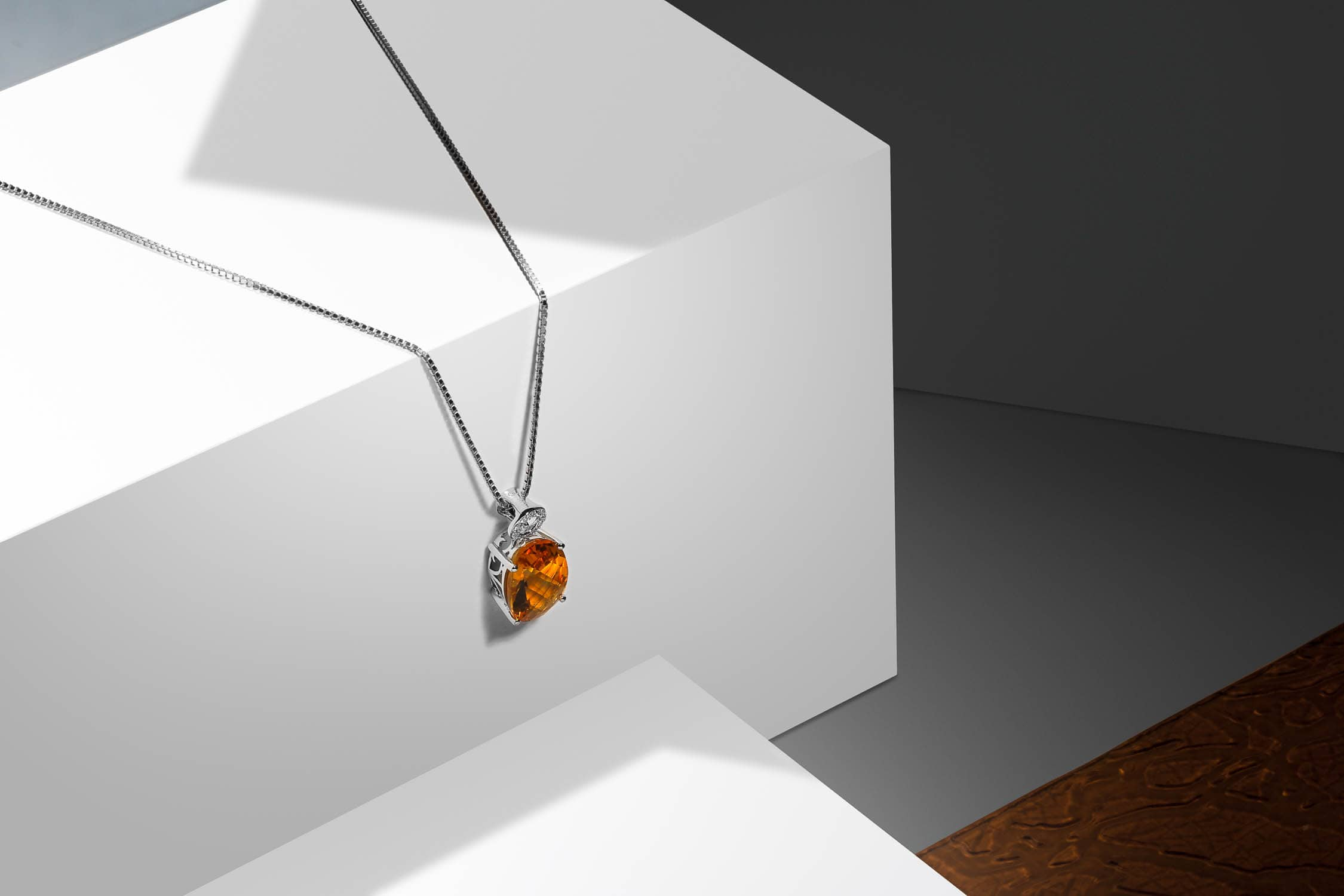 Jewelry photography of Citrine Pendant Necklace